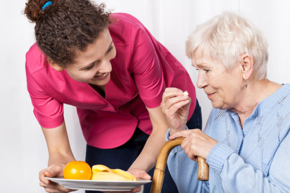 Food and Mood: Tips for Senior Mental Wellness